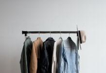 Wygodne ubrania dziecięce: na co zwrócić uwagę kupując sukienkę dla dziewczynki